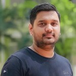 Vijay S Thakre